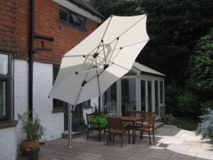 Shademaker Sirus Cantilever giant parasol